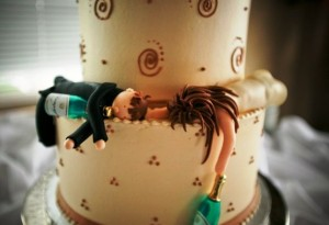 custom-funny-wedding-cake-toppers-for-drunk-couple-